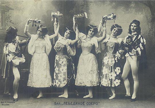 第3幕のヴェネツィア(ナポリ)の踊り