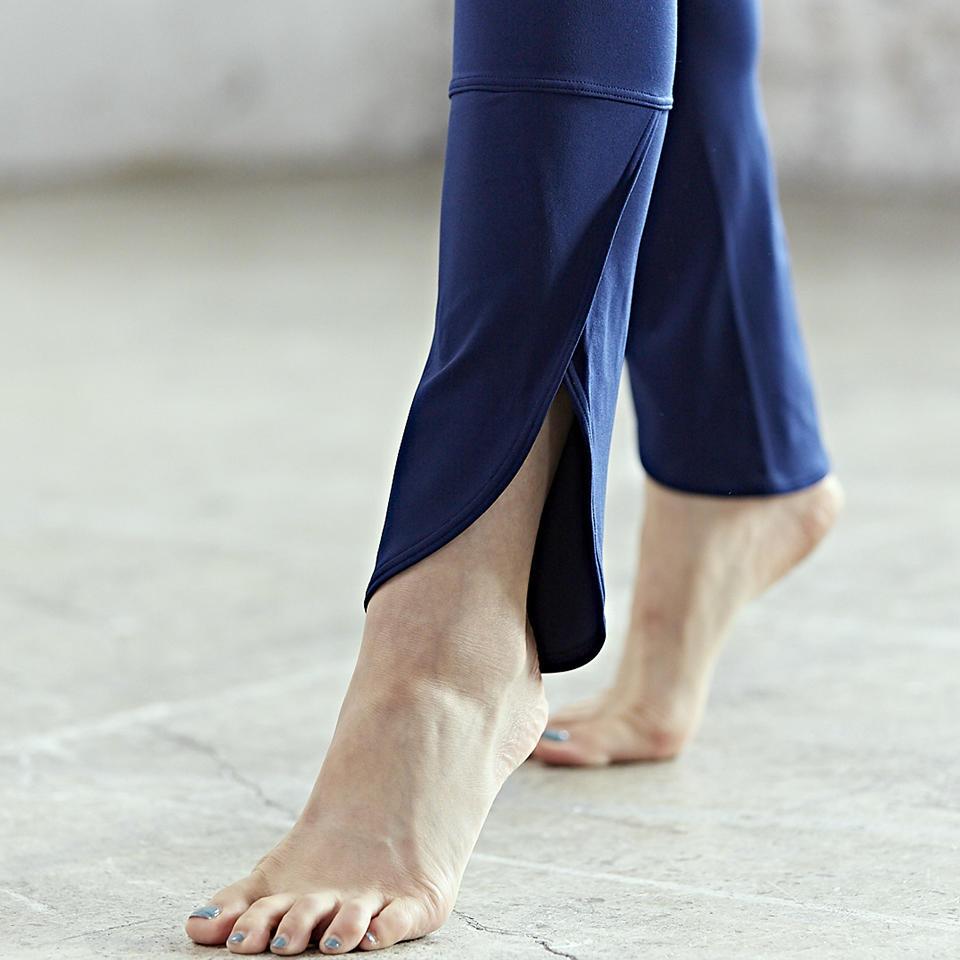 0130_leotard_yoga_03.jpg