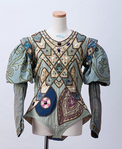「青い鳥」の衣装