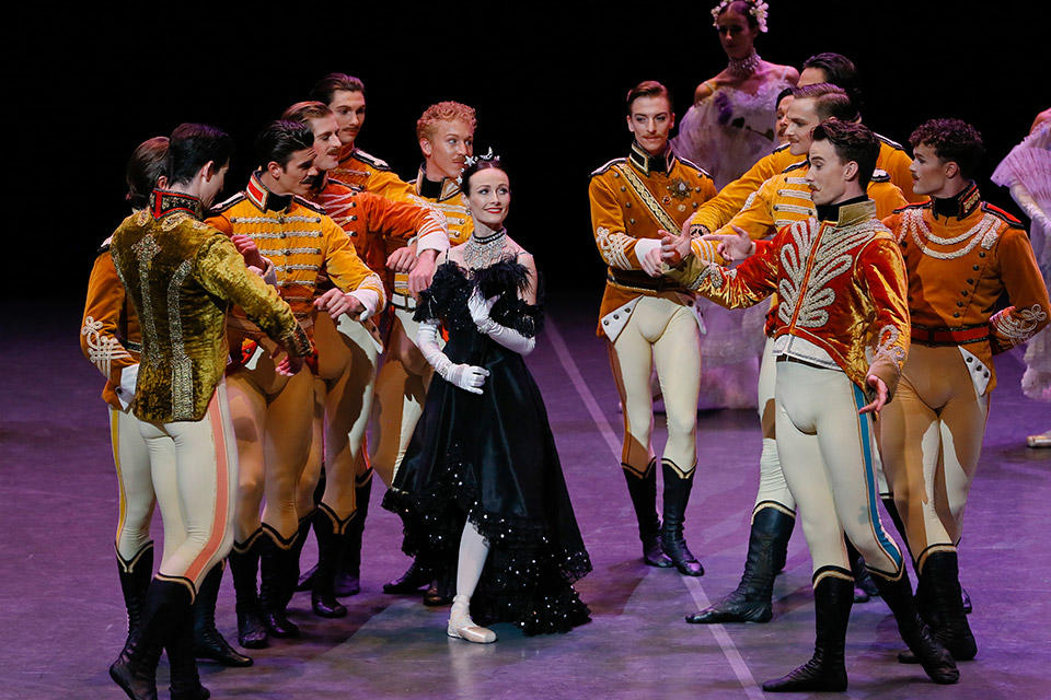 05TAB_The-Merry-Widow_Amber-Scott-and-Artists-of-the-Australian-Ballet_photo-Jeff-Busby.jpg