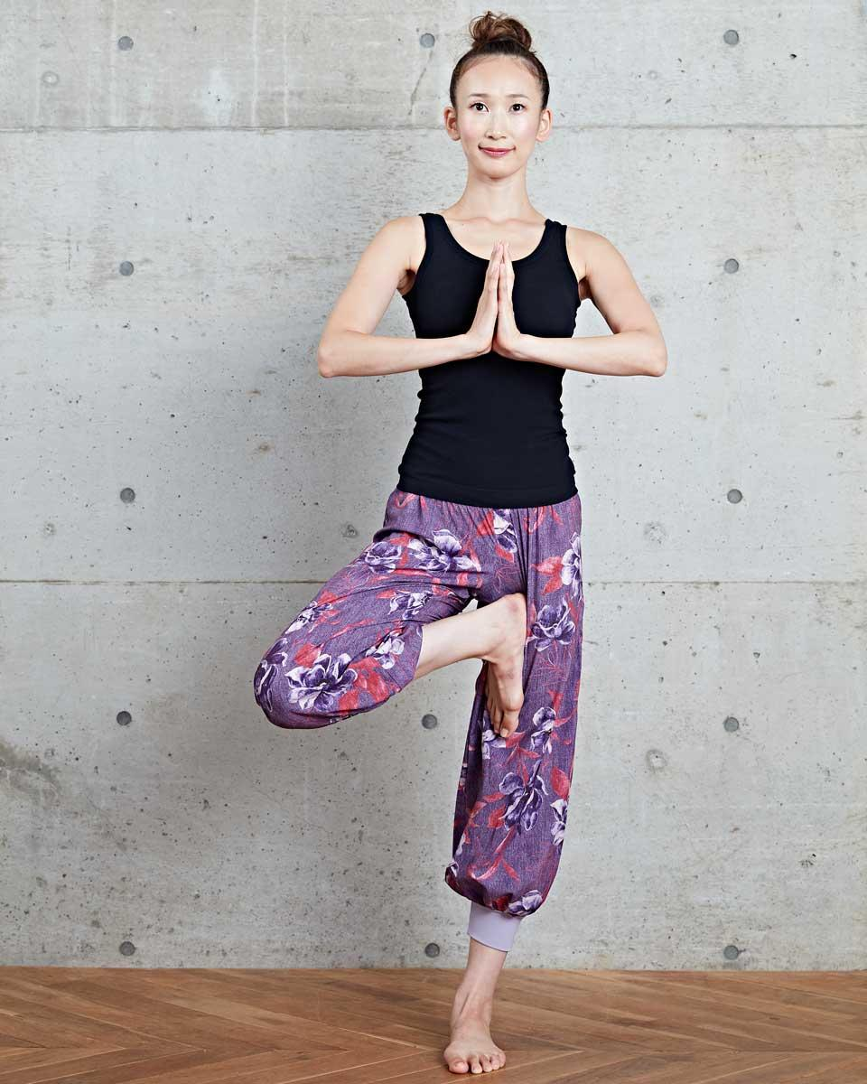 0831_yoga_9del_look03.jpg