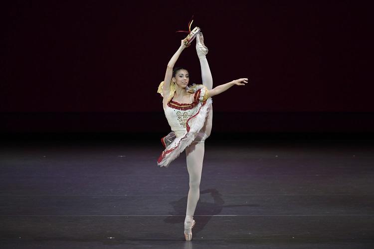 1320_s LA ESMERALDA_Accademia Teatro Alla Scala(Linda GIUBELLI) (C.SETO Hidemi).jpg
