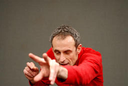 ザヴィエル・ル・ロワ『春の祭典』 (C)Vencent Cavaroc
