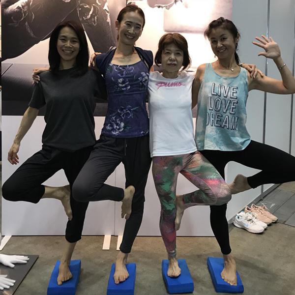 0917_yogafestareport_07.jpg