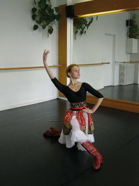 キャラクテール:ポジションの例 Nicole Fédorov Gelsey Kirkland Academy