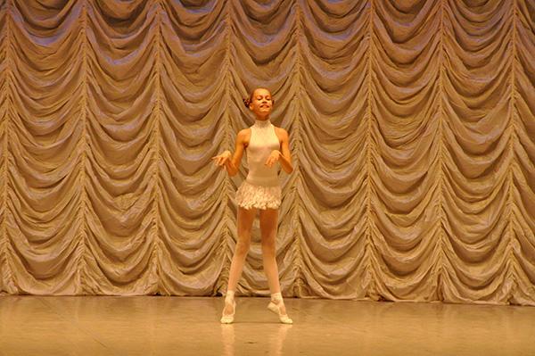キエフバレエ学校 Photo:Emi Hariyama(すべて)