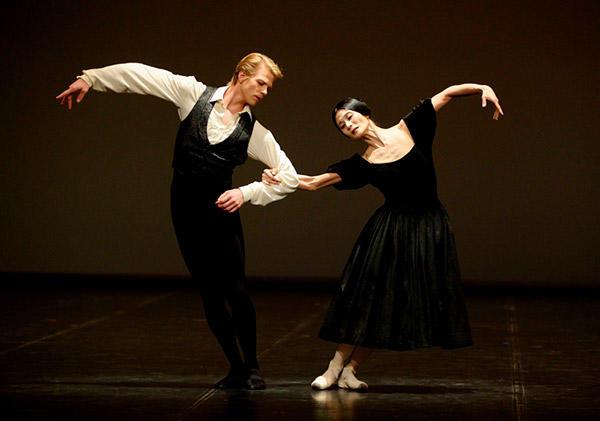 「椿姫」3幕パ・ド・ドゥ ©Stuttgart Ballet