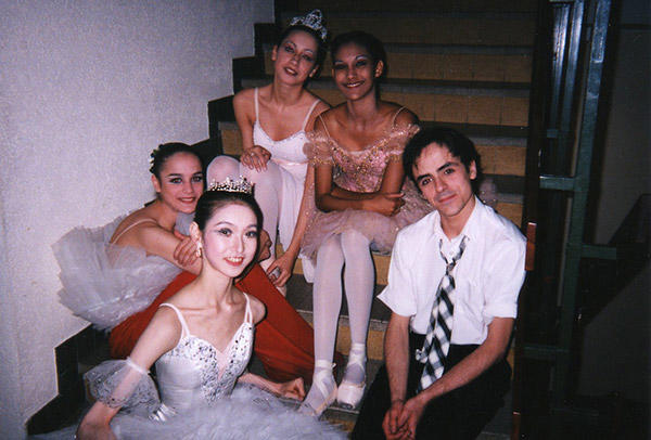 パリ国際ダンスコンクールで (C) Emi Hariyama