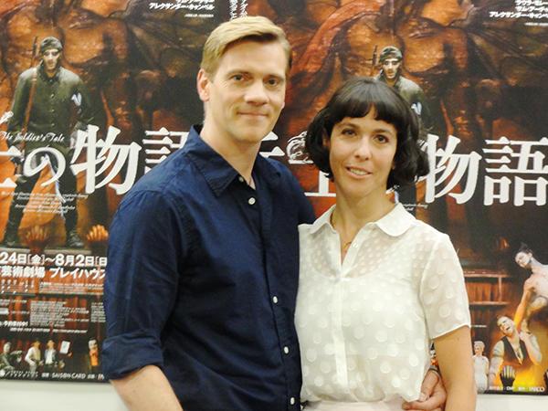 新しいキャストで帰ってきたウィル・タケット演出『兵士の物語』をアダム・クーパーとラウラ・モレーラが語る!