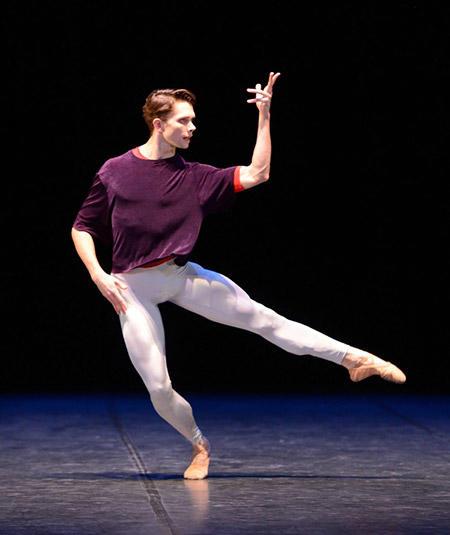 『ソロ』photo :  © Stuttgarter Ballett