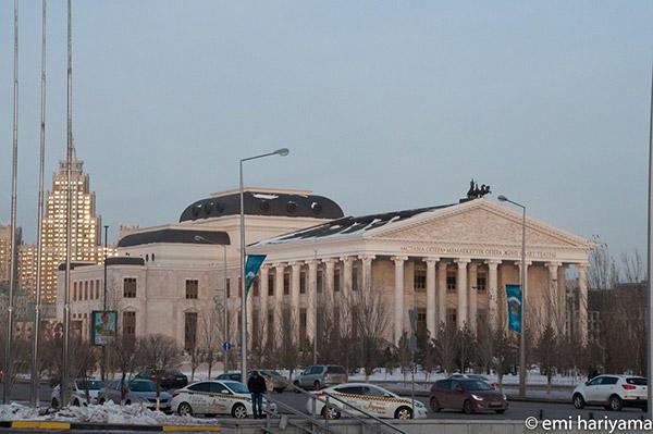 オペラ劇場