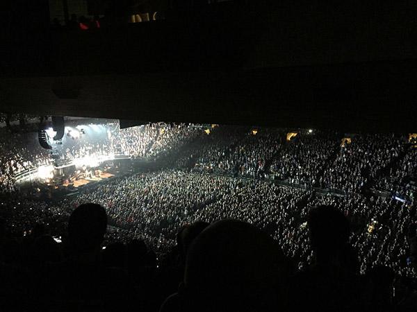ロックミュージックコンサート、「 TEMPLE OF THE DOG」