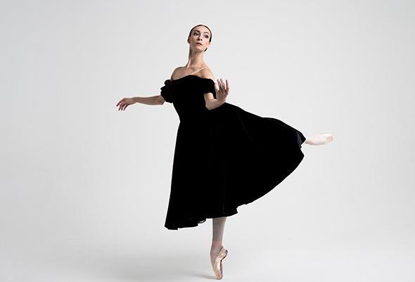 公演直前インタビュー「ルグリ・ガラ〜運命のバレエダンサー」に出演するボリショイ・バレエのスター オルガ・スミルノワ=インタビュー