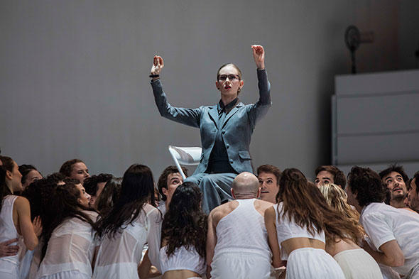 『プレイ』photo Ann Ray/ Opéra national de Paris