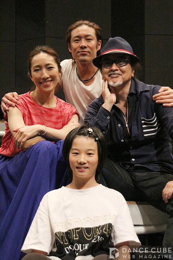 東山義久(上)、水夏希(左)、木村咲哉(下)、上田遙(右)