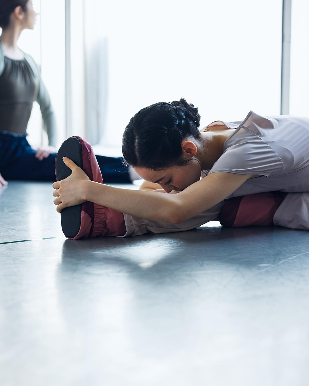 210331_ballet_warmup_1.jpg