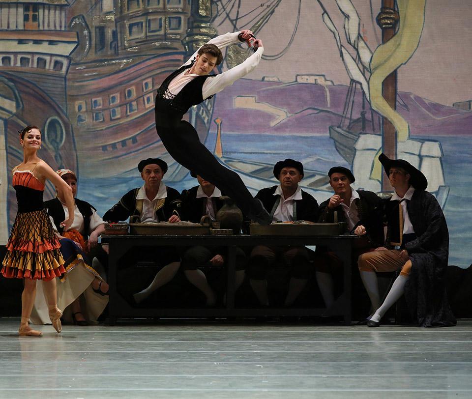 Don-Quixote-by-Natasha-Razina-©-State-Academic-Mariinsky-Theatre-(2).jpg