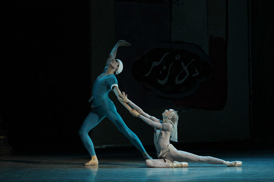 The-Legend-of-love-by-Natasha-Razina-©-State-Academic-Mariinsky-Theatre-(7).jpg