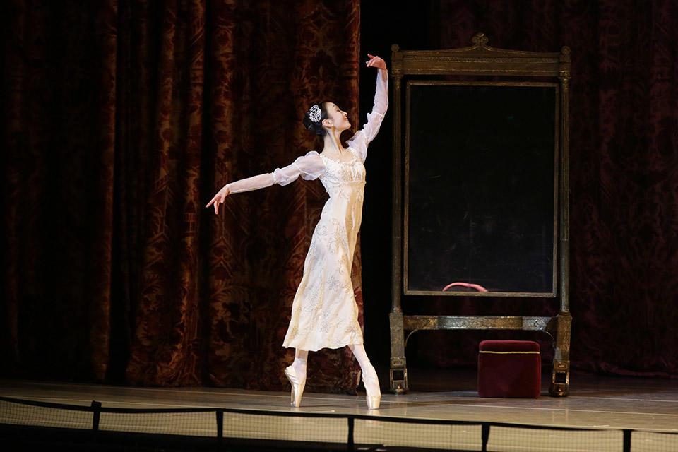 Romeo-and-Juliet-by-Natasha-Razina-©-State-Academic-Mariinsky-Theatre-(1).jpg