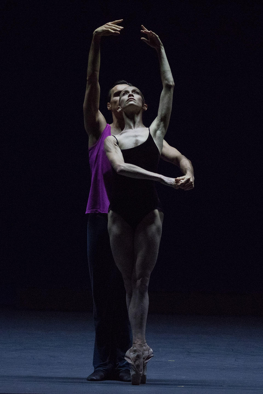 08_Approximate-Sonata---Eleonora-Abbagnato-et-Sébastien-Bertaud-©Ann-Ray--ONP-(6).jpg