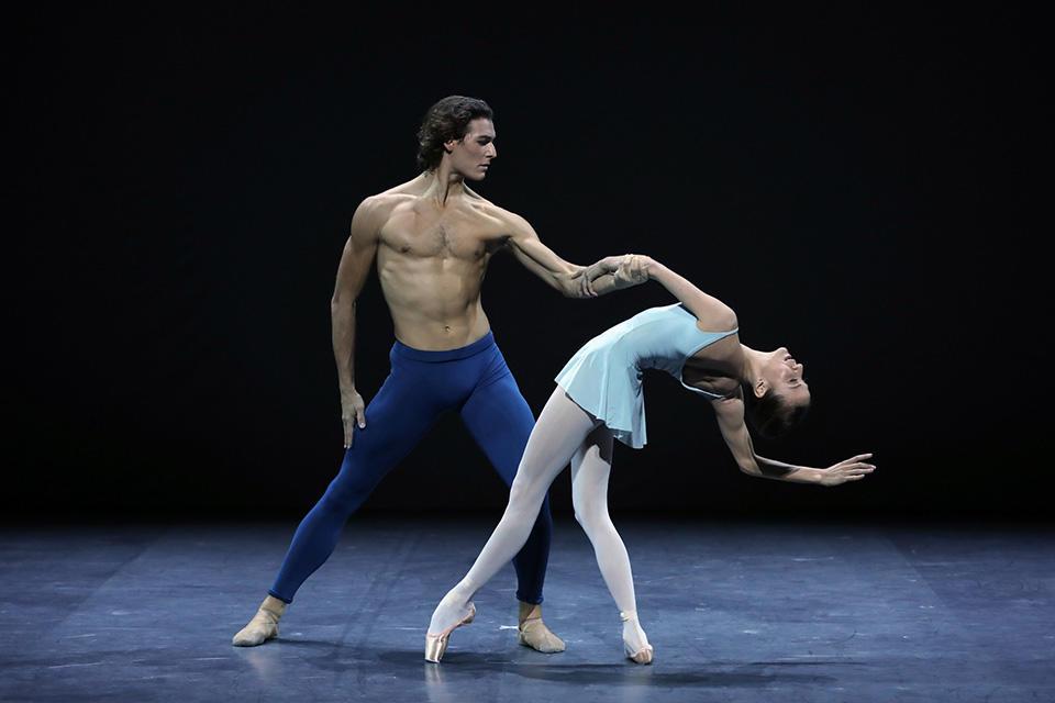 202009-proscenium-A-©Svetlana-Loboff-OnP-140-Trois-gnossiennes-Ludmila-Pagliero-Hugo-Marchand.jpg
