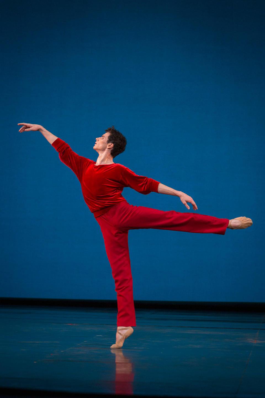 Paul-Marque---A-Suite-of-dances---Robbins-(c)Sebastien-Mathé-OnP.jpg