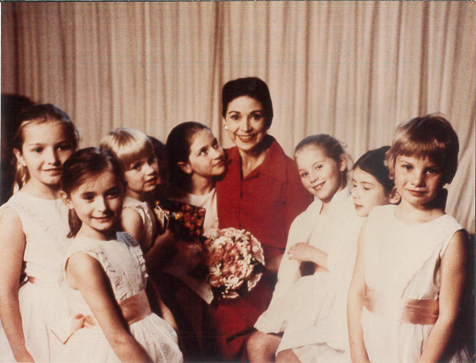 Fonteyn_children_1972_(c)-Felix-Fonteyn.jpg