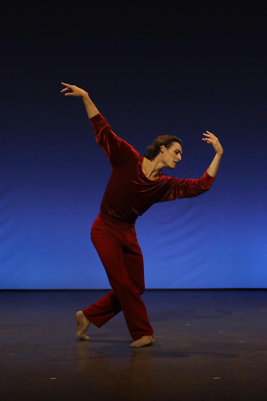 OPB-Etoile-de-l'Opera----c--Svetlana-Loboff---A-Suite-of-Dances---Marchand.jpg