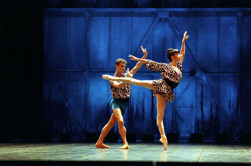 OPB-Patrick-Dupond---c--Jacques-Moatti---Isabelle-Guerin-Grand-Pas-(Twyla-Tharp)--.jpg