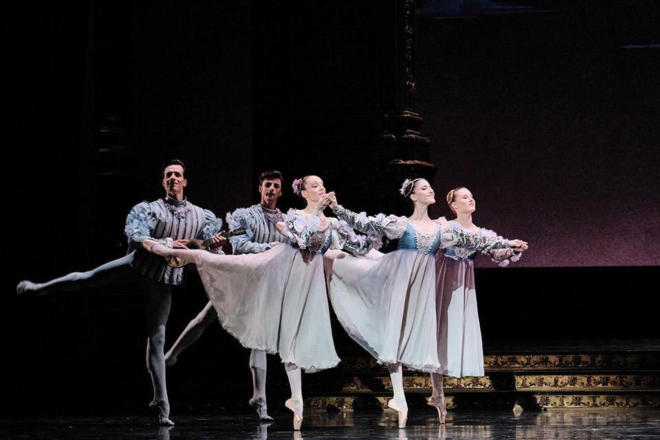 OPB-Romeo-et-Juliette--23-C-Agathe-Poupeney-Heloise-Bourdon.jpg