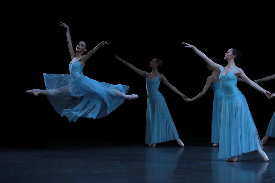 OPB-Serenade-6---c-Svetlana-Loboff---Marion-Barbeau.jpg