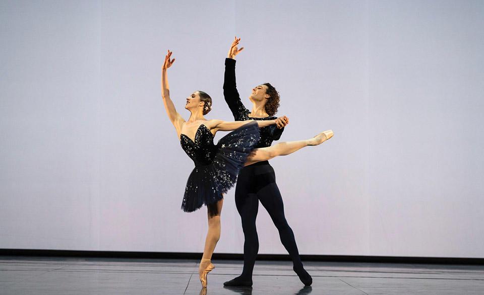 OPB-gala-Valentine-Colasante-Hugo-Marchand-Grand-Pas-classique-Victor-Gsovsky-2.jpg