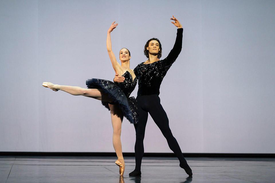 OPB-gala-Valentine-Colasante-Hugo-Marchand-Grand-Pas-classique-Victor-Gsovsky.jpg