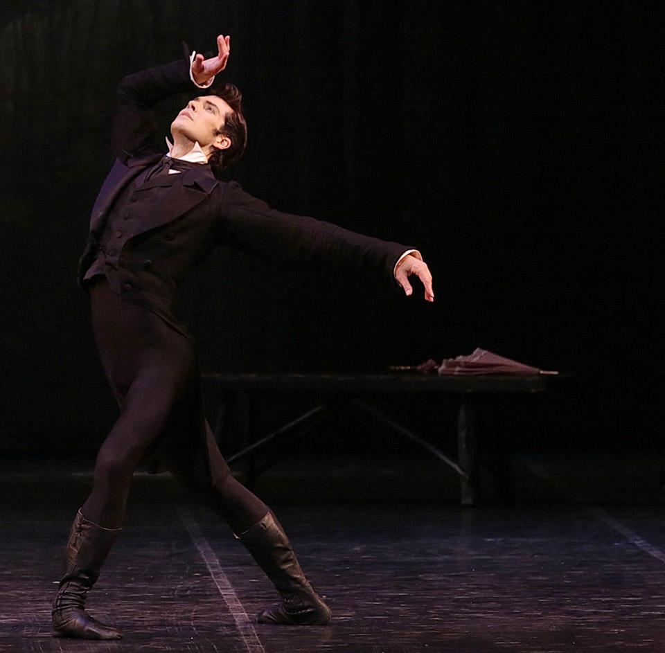 Onegin---Roberto-Bolle---ph-Brescia-e-Amisano-Teatro-alla-Scala-(2).jpg