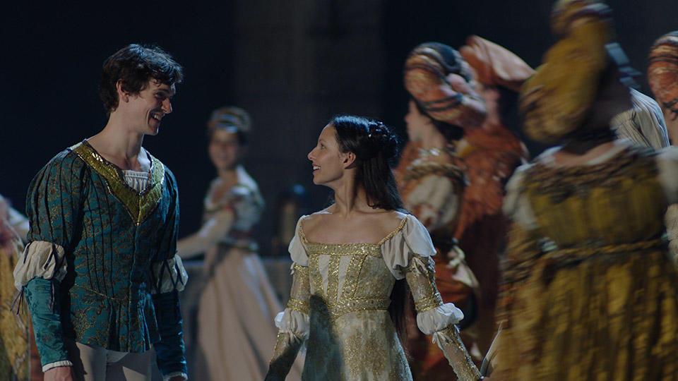 Romeo-and-Juliet-19.jpg