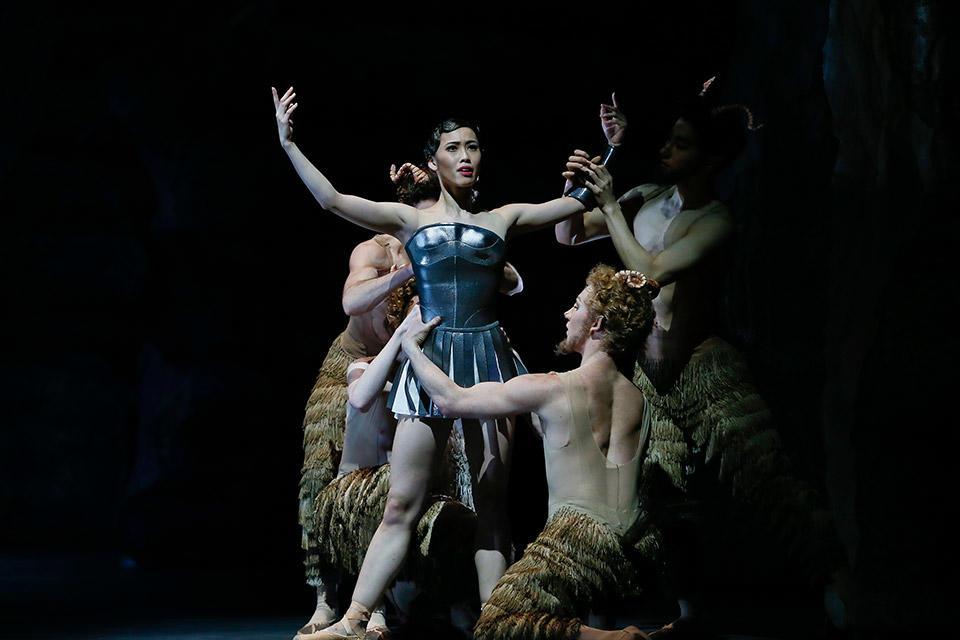 TAB-_Sylvia_Ako-Kondo-and-Artists-of-The-Australian-Ballet_photo-Jeff-Busby.jpg