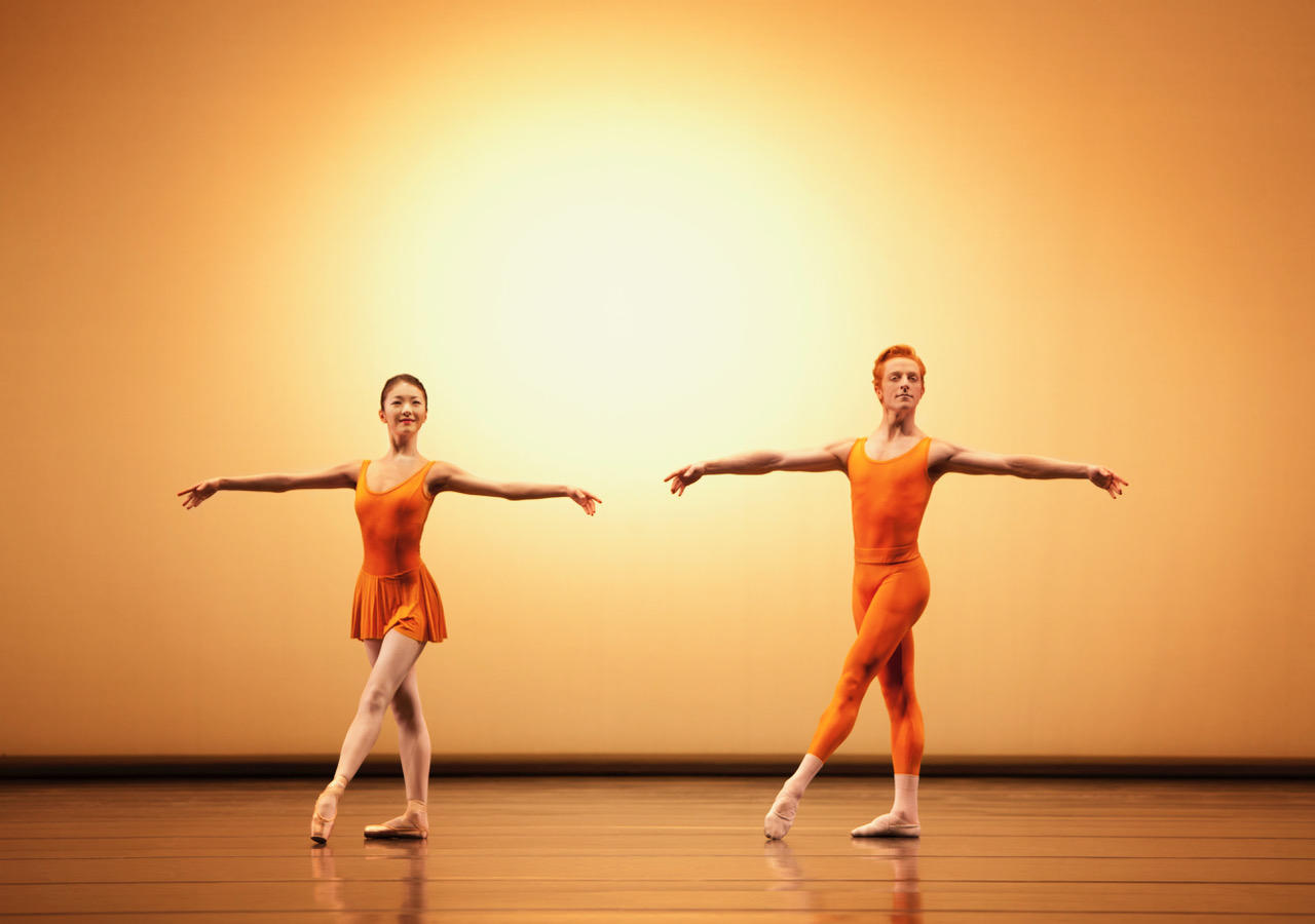 Yuhui Choe and Steven McRae in Concerto (c) Johan Persson ROH 2010.jpeg