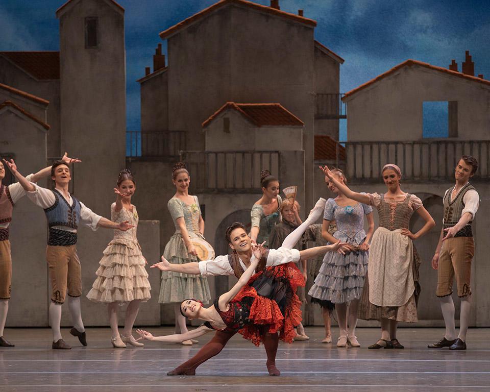★メイン_Akane-Takada-and-Alexander-Campbell-in-The-Royal-Ballet's-Don-Quixote-(c)-ROH-2019.-Photo-by-Andrei-Upenski.jpg