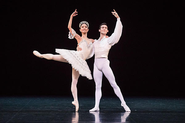 """Grand Pas Classique""  Miwako Kubota & Brett Chynoweth  Photo by Daniel Boud"