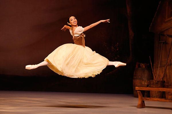 "AB Regional Tour ""Giselle"" Karen Nanasca. Photo by Jeff Busby"
