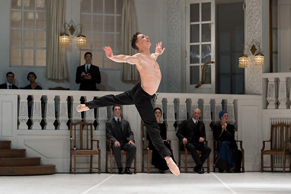 "オーストラリアバレエ団『ニジンスキー』 AB ""Nijinsky"" Kevin Jackson, photo by Wendell Teodoro"