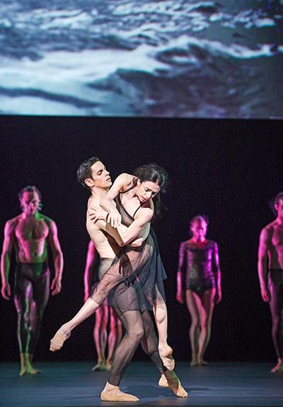 Royal Ballet act 3  Ferri & Bonelli (c) ROH