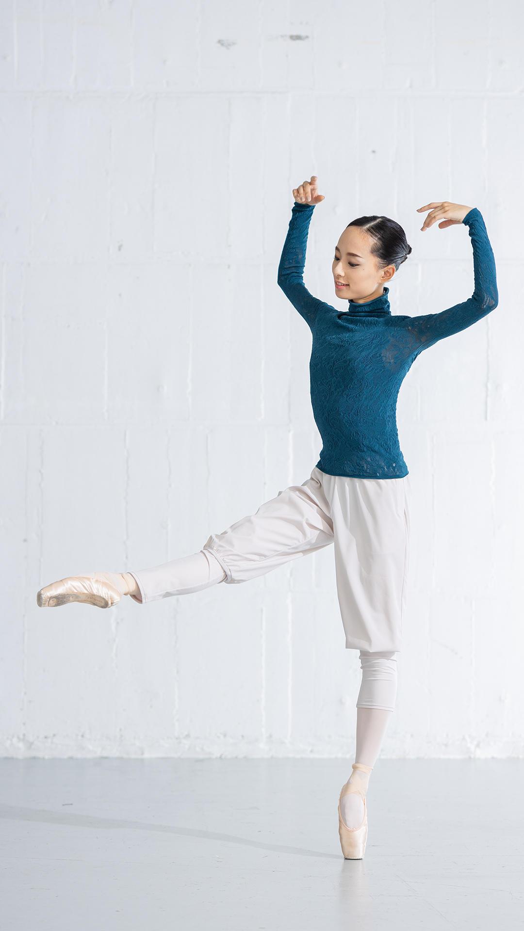 ballet_1114_knit02.jpg