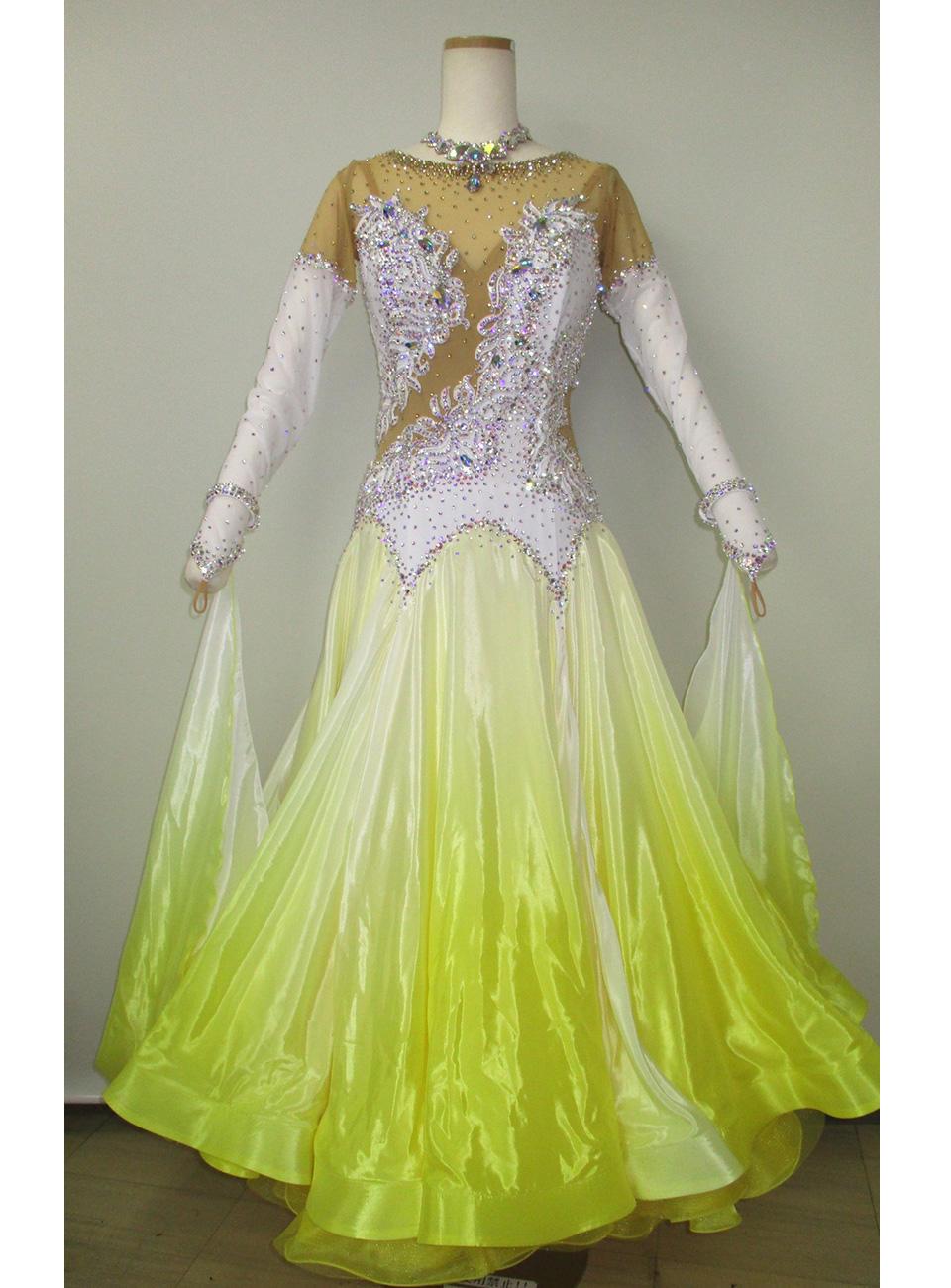 dress01.jpg