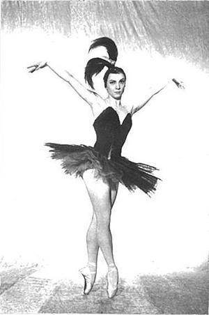 オディールを演じるライーサ・ストルチコーワ(1925-2005)