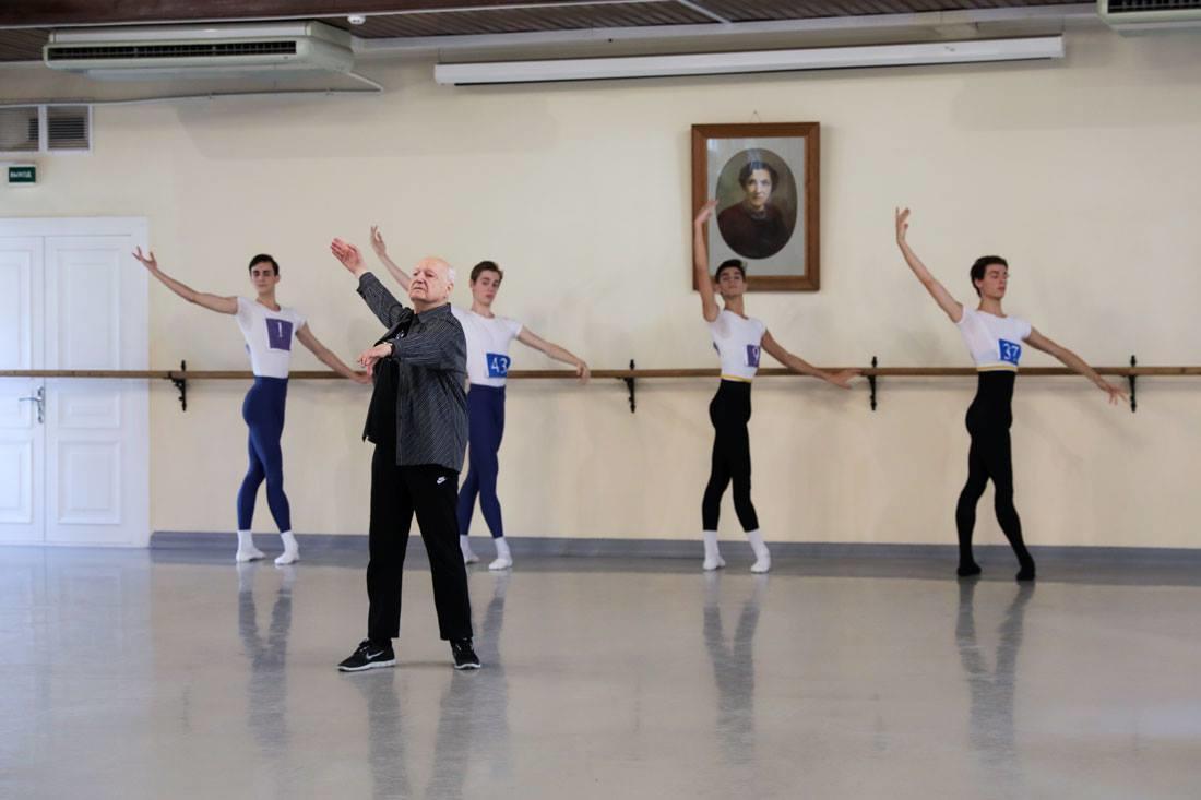 Vladlen Semenovのコーチング© Andrew Lush/VBA.jpg