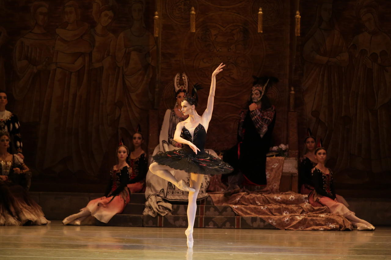 Oxana Skorik in Swan Lake by Natasha Razina © State Academic Mariinsky Theatre (5).jpeg