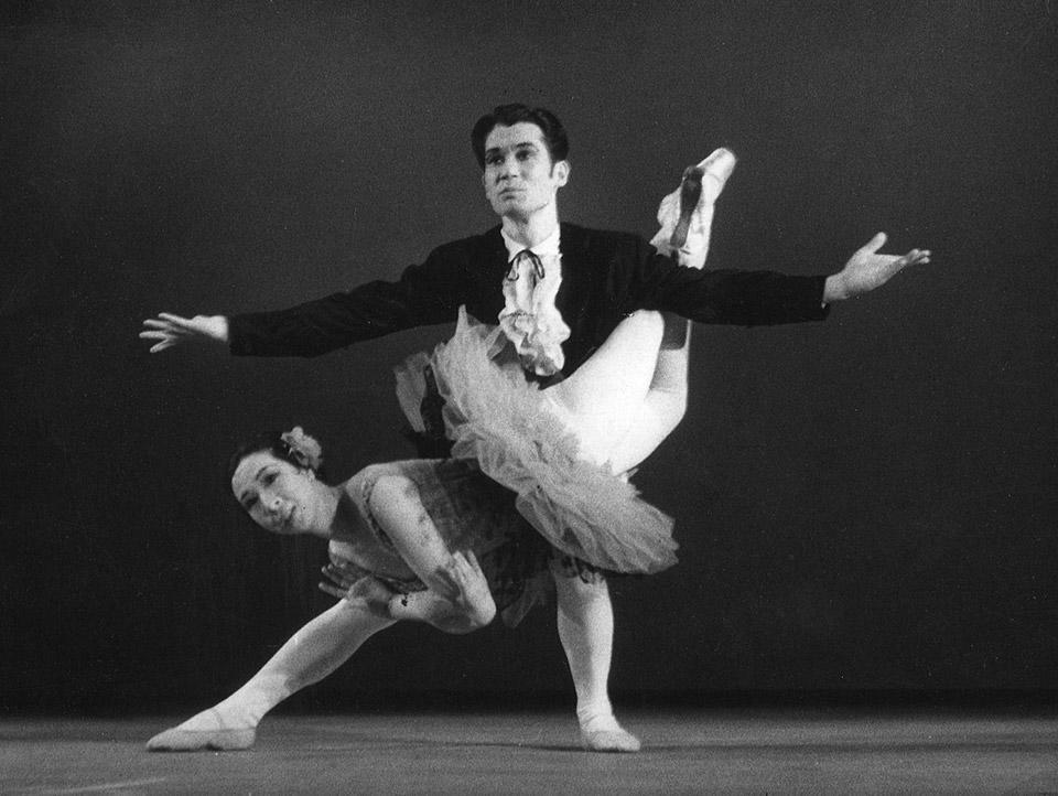 8-舞台写真『ドン・キホーテ』1950年代.jpg