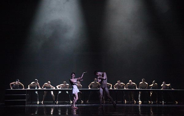 「Ballet Bluebeard 」Photo (c)Mara Brato