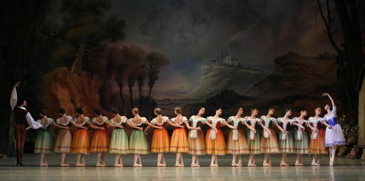 Giselle by Natasha Razina © State Academic Mariinsky Theatre (5).jpeg